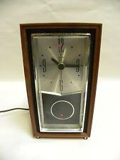 Vintage Modern Eames Era Retro Sunbeam Model B114 Electric Clock (A5)