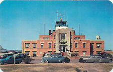 KNOXVILLE, TENNESSEE - MUNICIPAL AIRPORT - VINTAGE POSTCARD VIEW