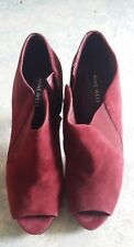 Nine West Ladies suede booties size 9.5
