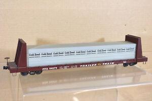QUALITY CRAFT O SCALE TRAILER TRAIN TT PTTX FLAT WAGON & GOLD BOND LOAD nk