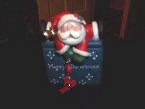 "NEW IN BOX CHRISTMAS SANTA CANDLE 4"" TALL WITH SANTA LID WINTER HOLIDAY HO HO HO"