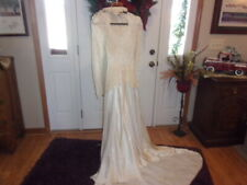 1950'S Wedding Gown With Veil