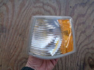 1994-1997  VOLVO 850 CORNER LIGHT DRIVER LH LEFT 9151450