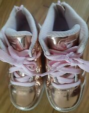 Young Girls Rose Gold Colour Light Up Sketchers Size 6 Infant