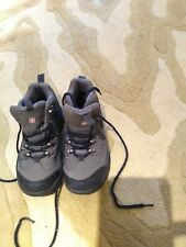Swiss +Gear Hiking Boots For Boy Youth Size 3