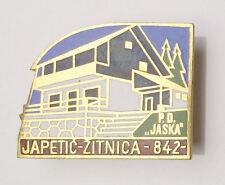 MOUNTAINEERING - CROATIA  Mountaineering Club JASKA - large clasp pin badge
