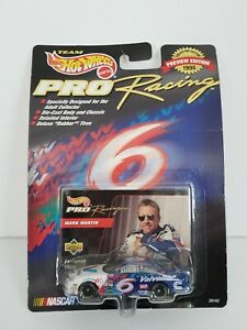 1998 Hot Wheels Pro Racing collector's preview ed. Mark Martin 6 die cast, card