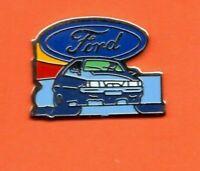 Pin's lapel pin pins Car Voiture Logo marque FORD ESCORT EAF Signé M.D.B