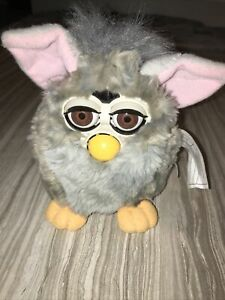 EUC Vintage 1998 Furby Grey Gray Tiger Electronics Interactive Toy