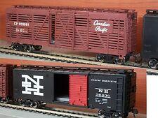 Bachmann H0 - due carri chiusi nuovi con box