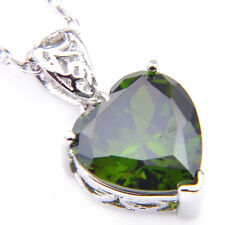 Genuine Birthdstone Peridot Platinum Plated Woman Silver Heart Necklace Pendants