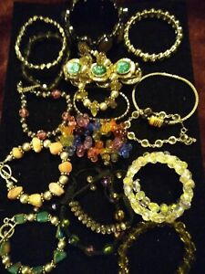 Costume Jewelery Lot 17 Vintage To Now Bracelets One Magnetic Matching Necklace