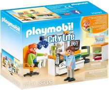 Playmobil City Life Eye Doctor Playset 70197 (for Kids 4 and up)
