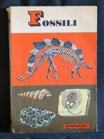 FOSSILI. AA.VV. Mondadori.