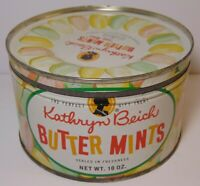 Vtg 1950s BEICH EASTER PASTEL COLORS GRAPHIC KEYWIND TIN BLOOMINGTON ILLINOIS IL