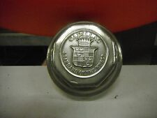 CADILLAC STANDARD OF THE WORLD (1) GREASE CAP DUST COVER WHEEL CENTER HUB CAP