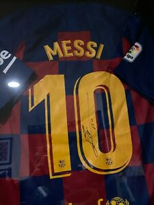 Lionel Messi Signed Barcelona Nike Jersey Inscribed Leo Autograph