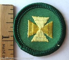 Retired 2001-2011 Girl Scout Junior FIRST AID BADGE Yellow Cross Medic Patch NEW