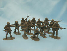Xmas Stocking Filler 12 Plastic Toy Soldiers Grey Coloured