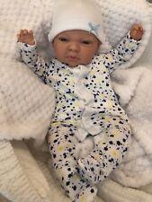 """Cherish poupées enfant reborn Starter Bébé Jamie 18"""" 2 LB (environ 0.91 kg) 2 oz (environ 56.70 g) Nouveau UK yeux bleus"""