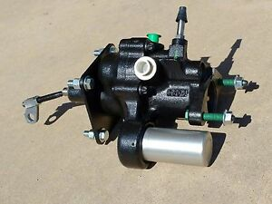 NEW '97-'06 Jeep Wrangler TJ   Power Brake Booster
