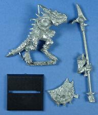 CITADEL - Lizardmen - Temple Guard with Halberd (c) - Metal - OOP