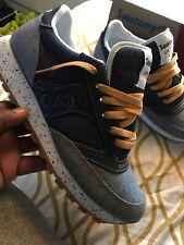 Saucony jazz blue jean material shoes SZ 9.5