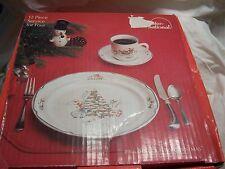 INTERNATIONAL CHINA COUNTRY CHRISTMAS set 4 Dinner Plate 4 saucer 3 cup EUC