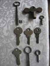 9 VINTAGE KEYS SKELETON CLOCK PADDOCK BRIGGS & STRATTON P&F CORBIN EAGLE LOCK #A
