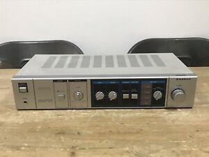 Sanyo JA 220 Stereo Integrated Amplifier System 220