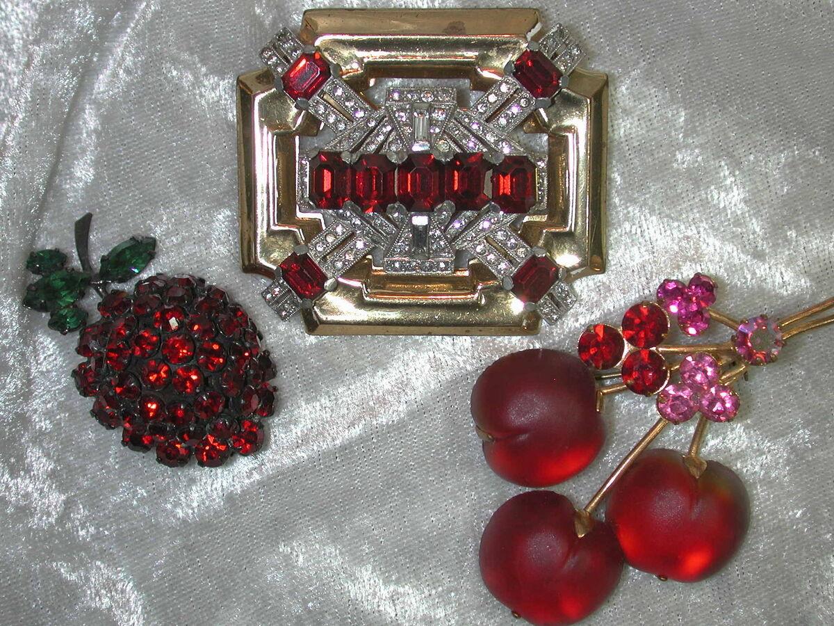 Alluring Lovelys Jewelry