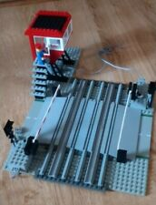 Lego set 7866-Le passage à niveau électrique/Level Crossing with Electric Gates
