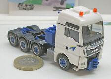 """Herpa  305761  MAN TGX XXL Euro 6 Schwerlastzugmaschine """"Voss"""""""