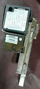 SIEMENS 18-824-999-805. Under Voltage Device. Relay. 120VAC. 3 SEC