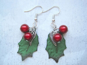 Lifelike Christmas Holly Leaf & Berries Bead Earrings NEW SP Pair of Red Berry