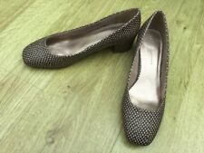 BRAND NEW M&S INSOLIA LADIES OFFICE COURT SHOES BROWN COLOUR SIZE 7 /41 MID HEEL