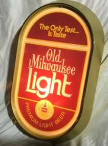 Vintage OLD MILWAUKEE Beer Lighted Bar Advertising Sign - Works Well!