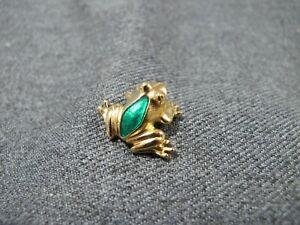 Vintage signed Avon green enamel goldtone metal frog lapel pin