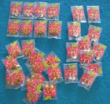 ++ REVENDEUR Lot de 30 paires de boucles d'oreilles pendantes HELLO KITTY ++