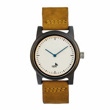 Opis UR-U2: Minimalist Unisex Watch with Wood Case and Leather Wrist Strap