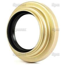 Ford 5000,5600.5610,6600,6610,7000,7600,7610 Half Shaft Outer Seal & Retainer.