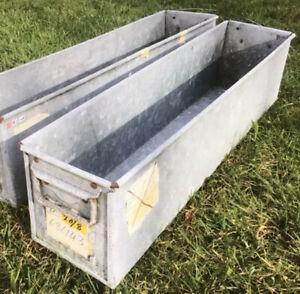 Fort Dunlop Vintage Industrial Retro Reclaimed Galvanised Metal Storage/planter