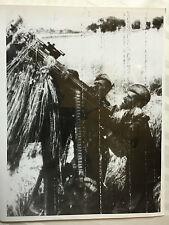 ww2 photo press  front de l'est , soldats russe  2 photos 105,106