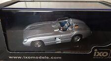 Mercedes 300 SLR Racing Sports Car 1955  - IXO 1:43 DIECAST MODEL CAR CLC269