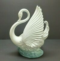 White Swan on water VTG Night Light Planter MCM TV LAMP kitschy CA Maddux