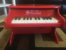 schoenhut piano Red, Table top