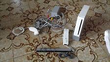 Console Nintendo Wii con 2 remote 2 nunciak e 2 giochi