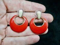 Vintage-1980's XMAS Gold Tone Door Knocker Cream & Red Enamel Pierced Earrings
