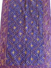 Antiguo De Colección De Tela Bordado Indio Asiático Colgante De Pared Hecho a Mano Púrpura Boho