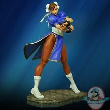 1:4 Scale Street Fighter Chun-Li statue Hollywood Collectibles